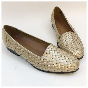 Naturalizer Gold Checker Flats Size 10